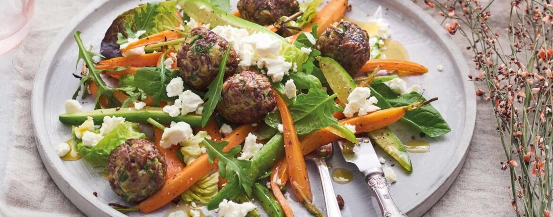 Reisbratlinge mit Ofenkarotten-Feta-Salat