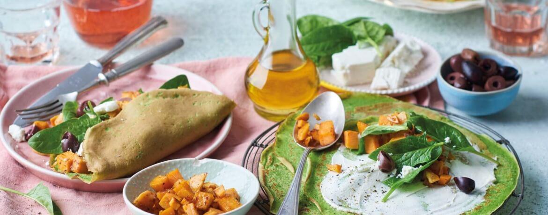 Spinat-Pfannkuchen mit Süßkartoffeln und Oliven