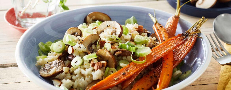 Veganes Pilzrisotto mit Ofen-Karotten
