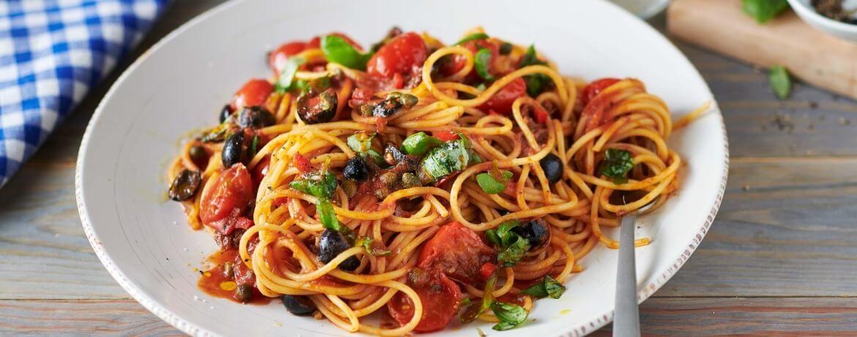 Spaghetti mit Sardellen und Kapern