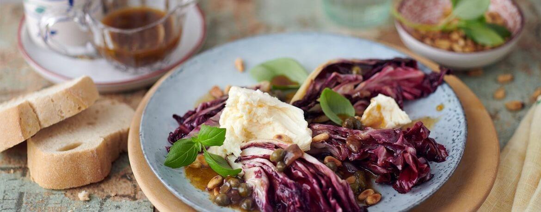 Lauwarmer Radicchio-Mozzarella-Salat