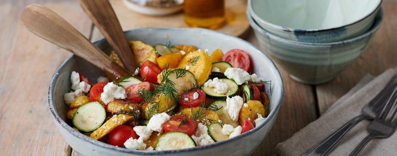 Röstkartoffel-Salat mit Tomaten und Feta