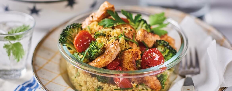 Couscous-Salat mit Brokkoli und Pute