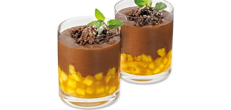 Schokoladenpudding mit Apfelkompott