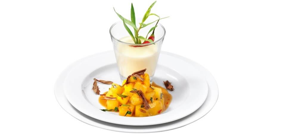 Panna Cotta mit exotischen Früchten