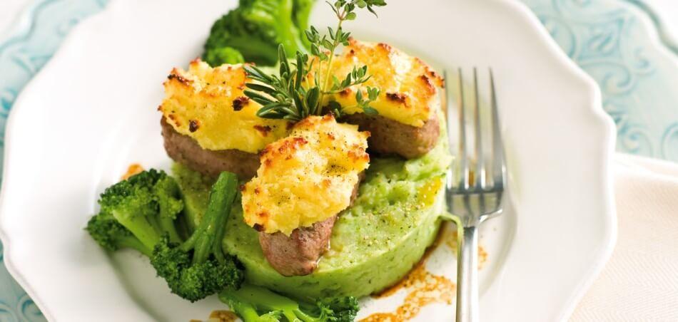 Lammfilet mit Meerrettichkruste und Brokkoli-Kartoffel-Püree