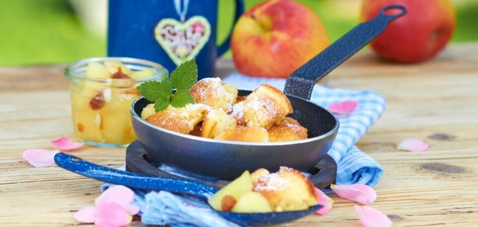Kaiserschmarrn mit Apfelkompott