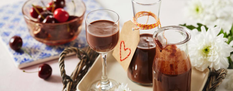 Schokoladen-Kirsch-Likör