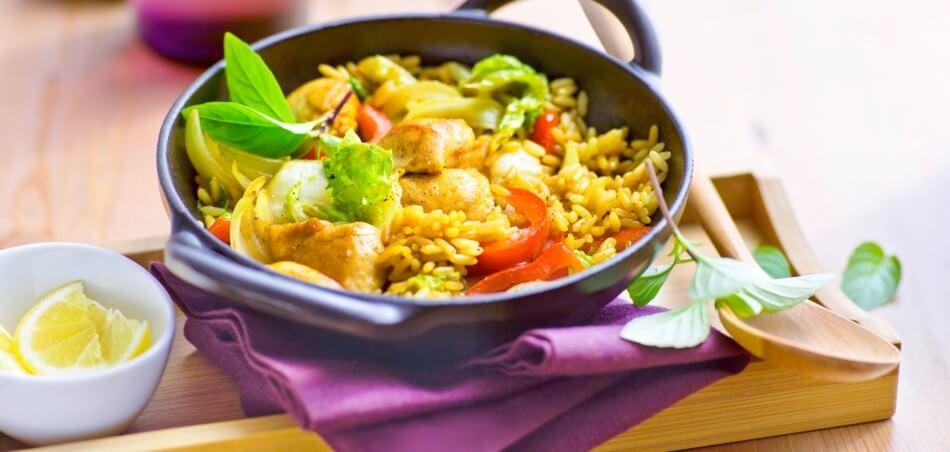 Chinakohl-Reis-Pfanne mit Hähnchen