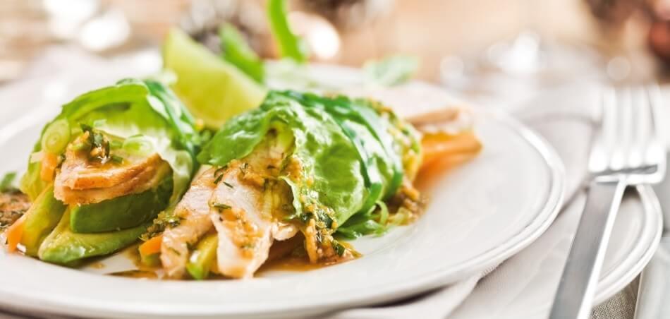 Salatwrap mit Hähnchen