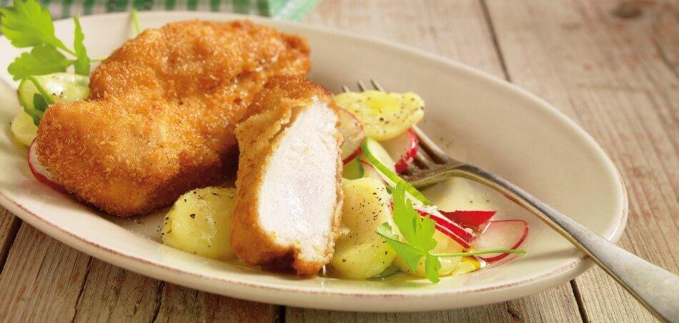 Zitroniges Back-Hähnchen mit Gurken-Kartoffelsalat und Radieschen