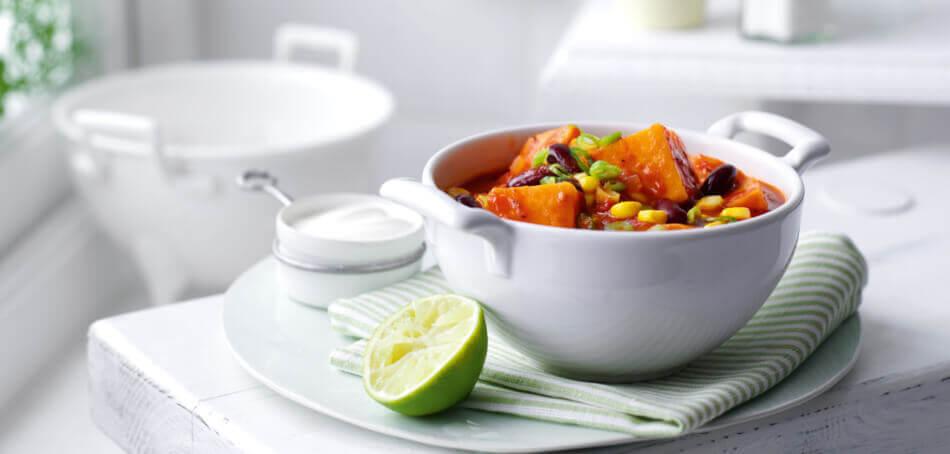 Vegetarisches Chili mit Süßkartoffeln