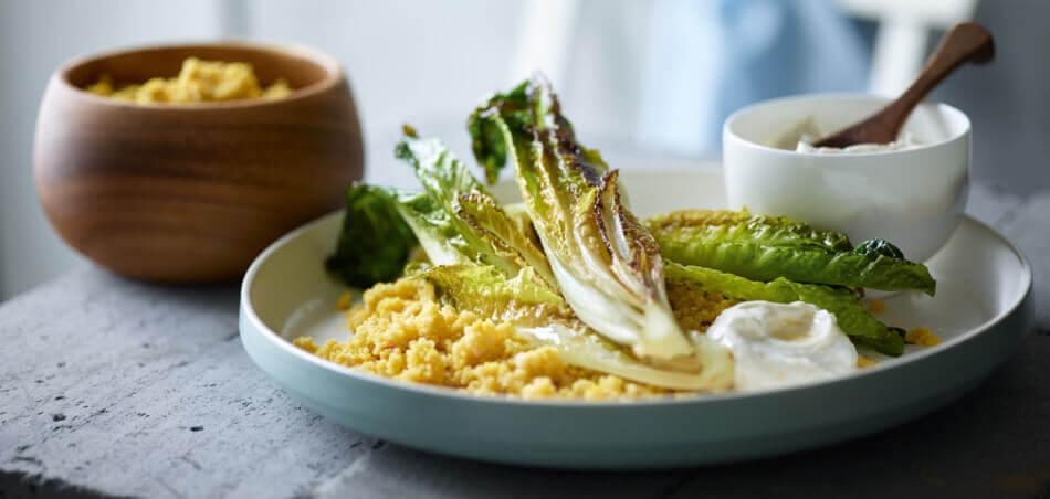 Couscous mit gebratenem Romana und Knoblauch-Creme