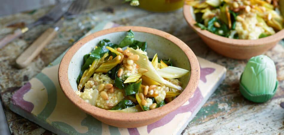 Fruchtiger Bulgur-Salat mit Pak Choi