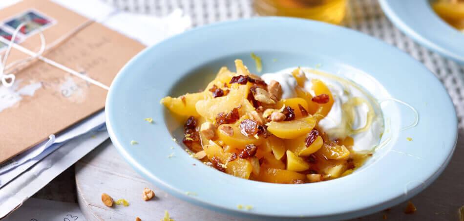 Zitronen-Honig-Joghurt mit Aprikosen
