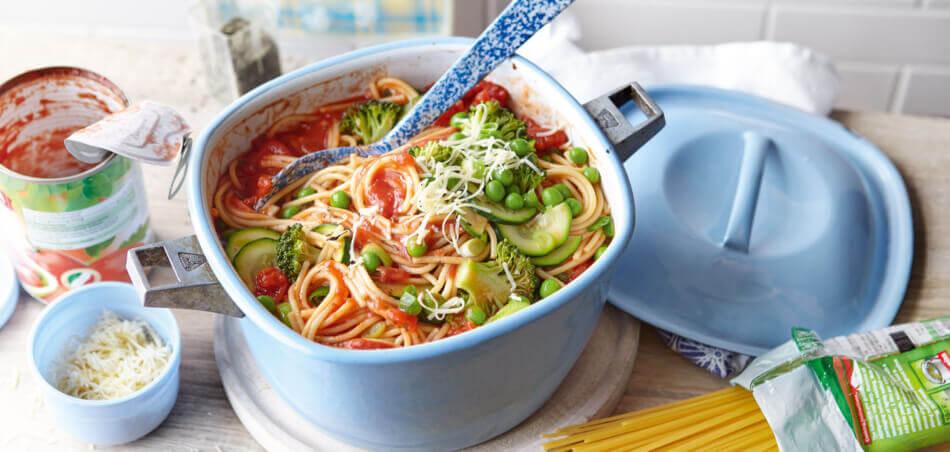 One-Pot-Pasta mit grünem Gemüse
