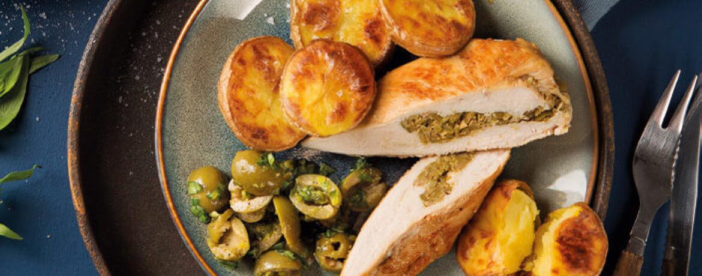 Gefüllte Hähnchenbrust mit Oliven-Pistazien-Salsa auf Röst-Kartoffeln