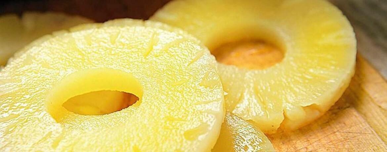 Ananas aus der Dose