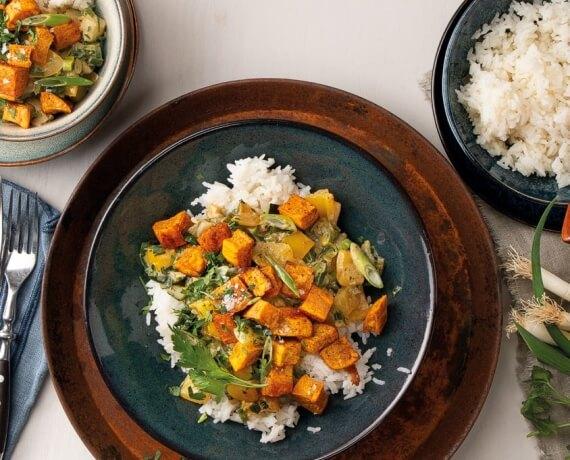 Süßkartoffel-Erdnuss-Curry mit Reis