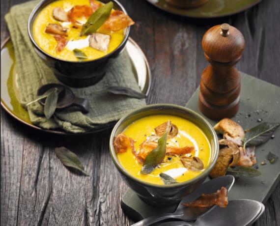 Kürbis-Cremesuppe mit Champignons