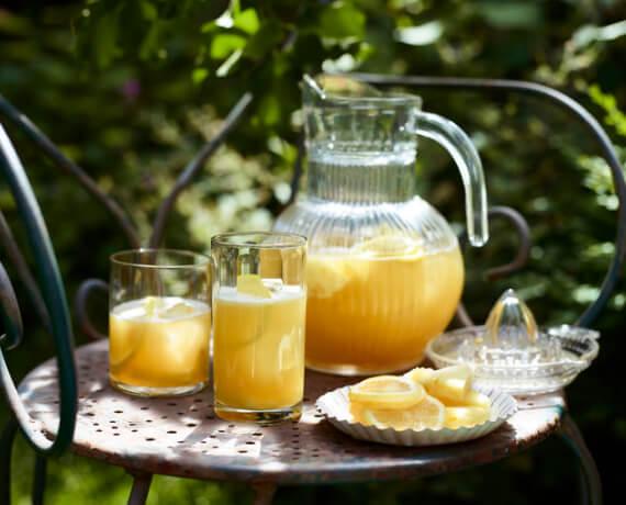 Eistee mit Ananas