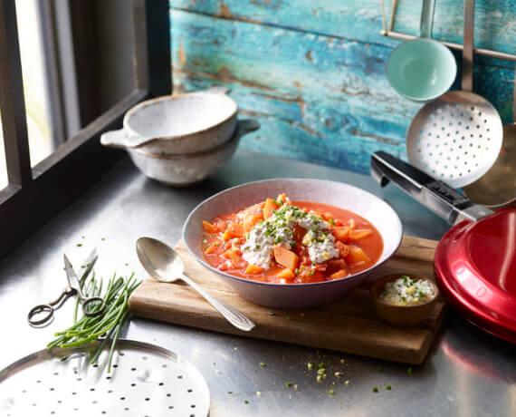 Apfel-Kürbis-Suppe mit Ingwer-Schnittlauch-Crème-fraîche