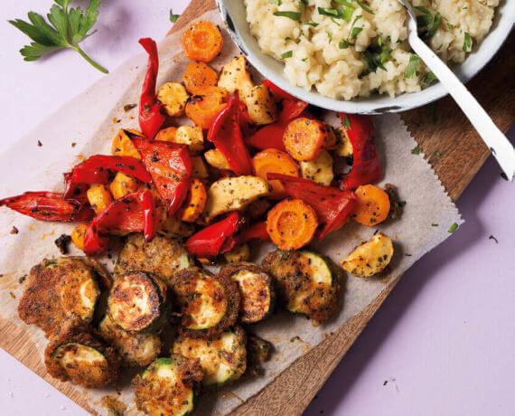 Buntes Risotto mit Gemüse aus dem Backofen und Piccata von der Zucchini