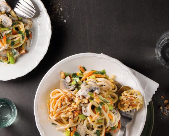 Spaghetti mit Pilzen und Rahmgemüse