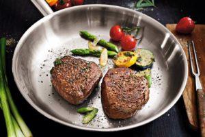 Mit welcher Pfanne wird ein Steak perfekt?