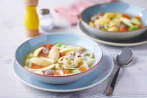 Suppe mit Gemüsebrühe kochen – Boullion oder Fond?