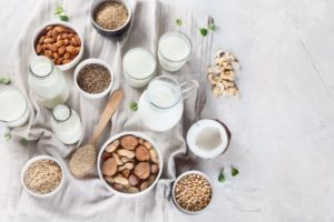 Vegane Milch-Alternativen – lecker, pflanzlich und vielseitig